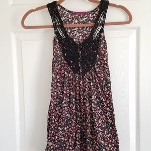 Julie's Closet Tank Top Black Floral {Medium}